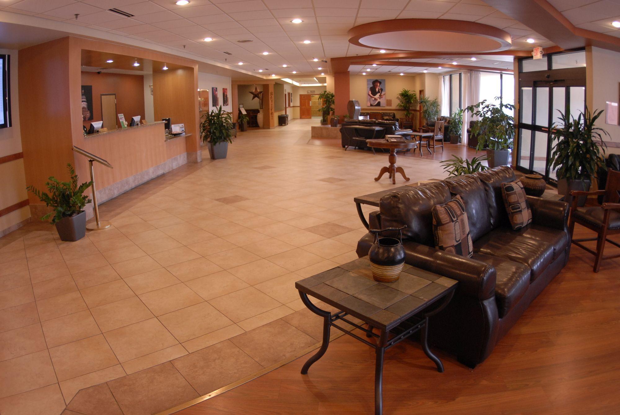 Discount Coupon for Wyndham Garden Hotel Austin in Austin, Texas ...