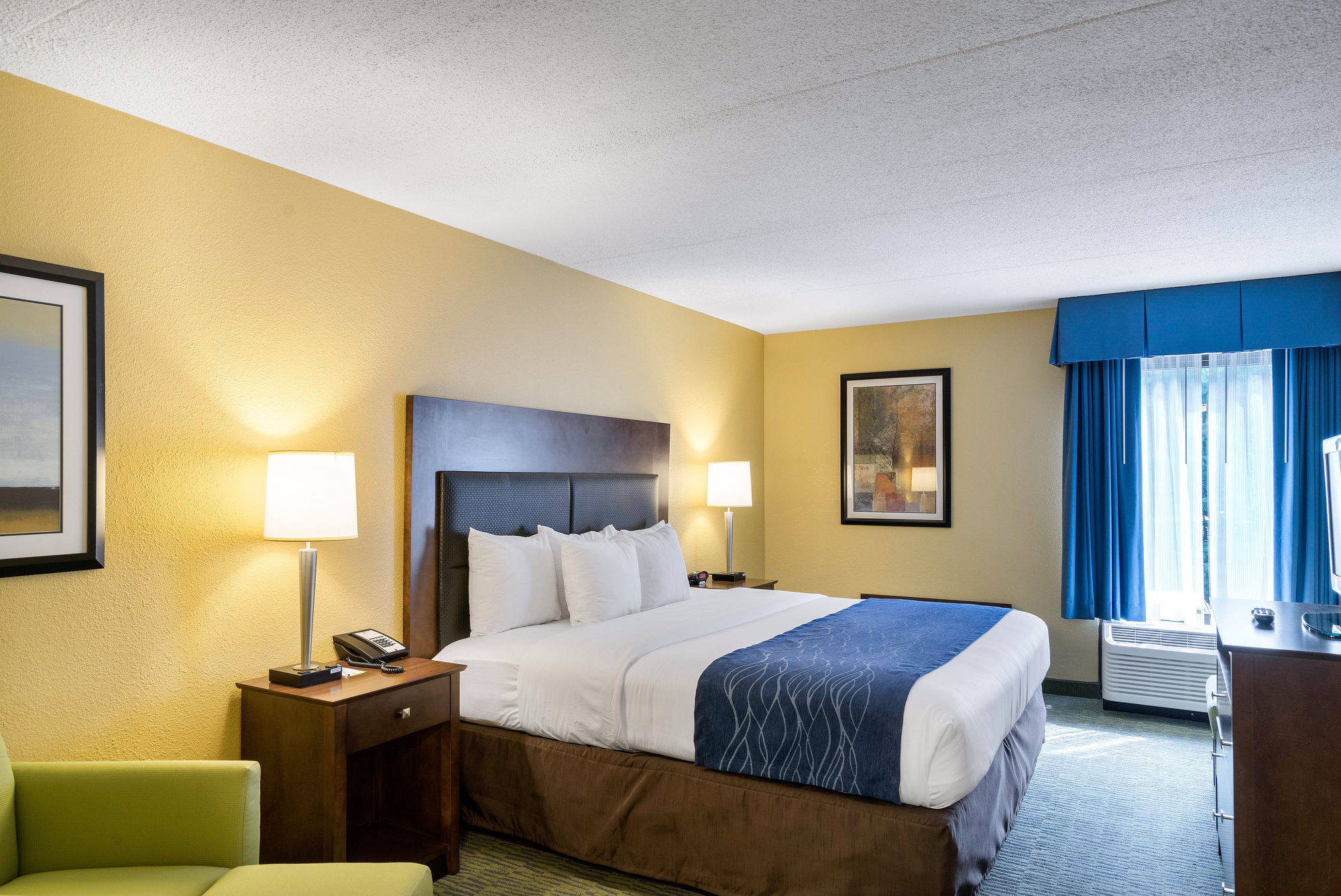 Comfort Inn & Suites Newark - Wilmington in Newark, DE