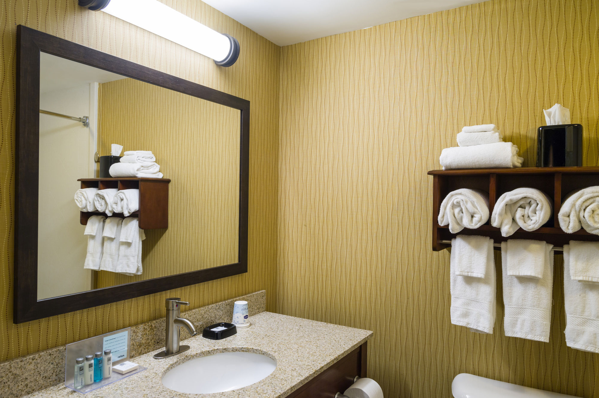 selinsgrove hotel coupons for selinsgrove pennsylvania. Black Bedroom Furniture Sets. Home Design Ideas