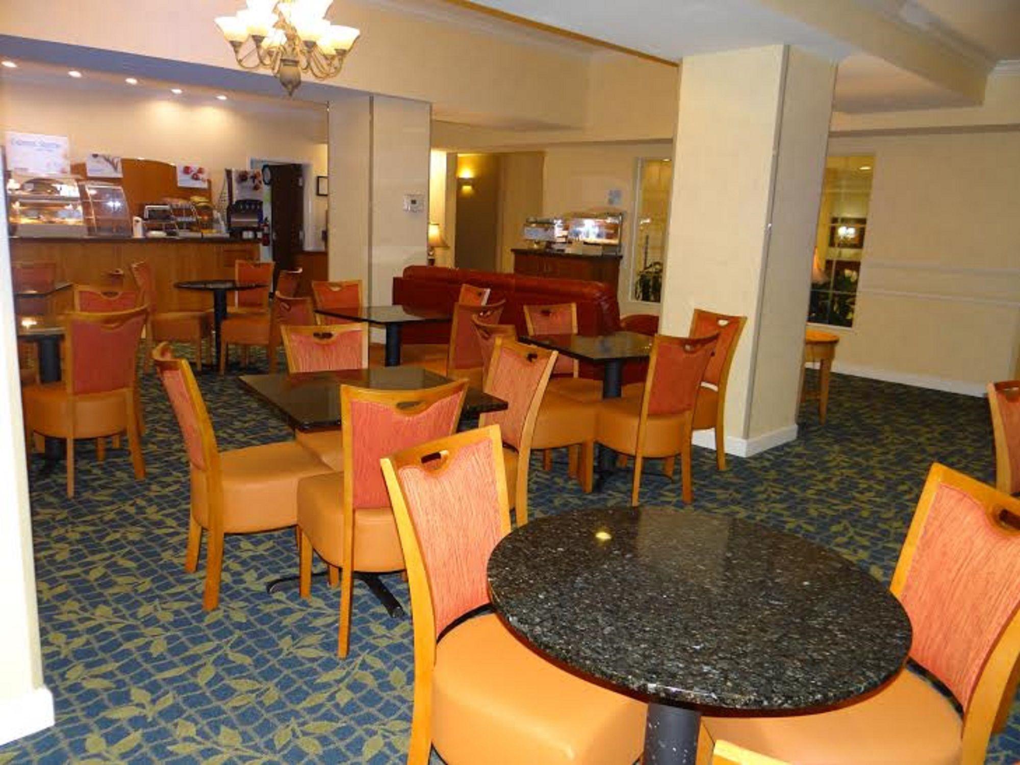 Holiday Inn Express Hotel & Suites Salisbury - Delmar