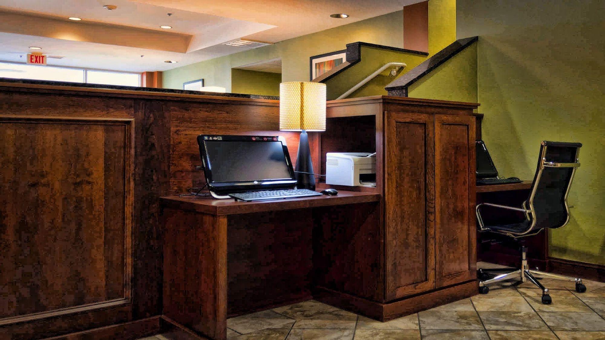 Holiday Inn Express La Plata in La Plata, MD