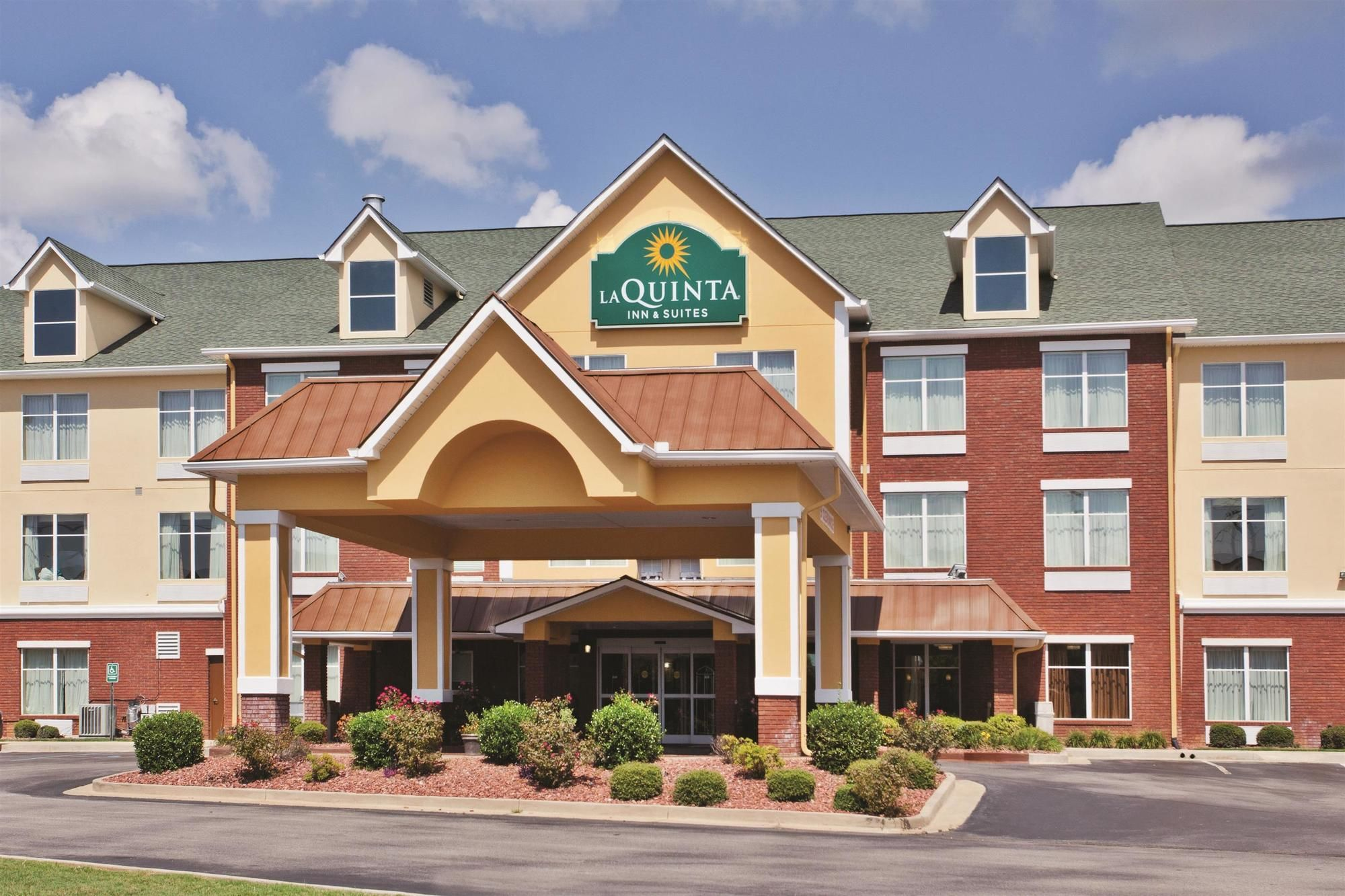 LaQuinta Inn & Suites in Oxford, AL