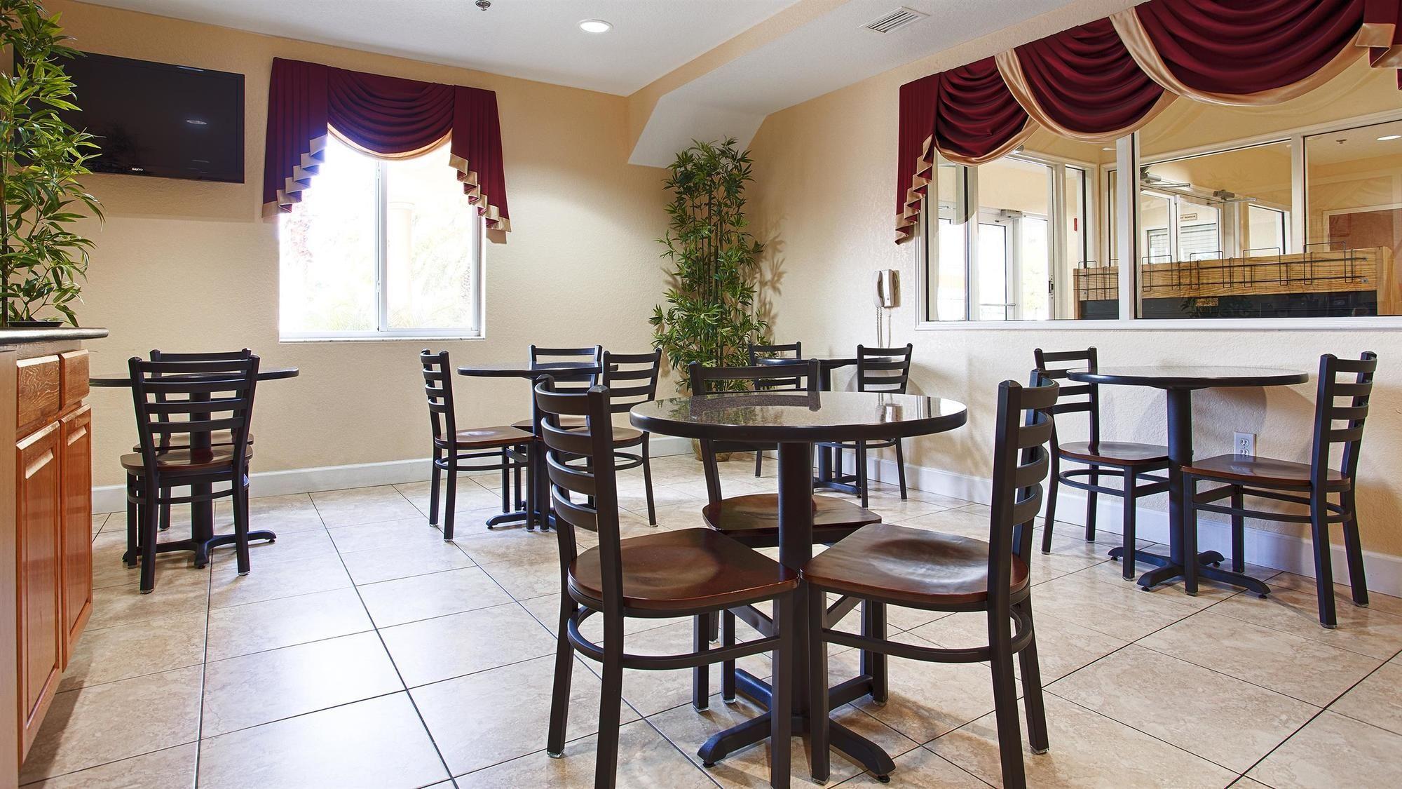 Best Western Edgewater Inn in Edgewater, FL