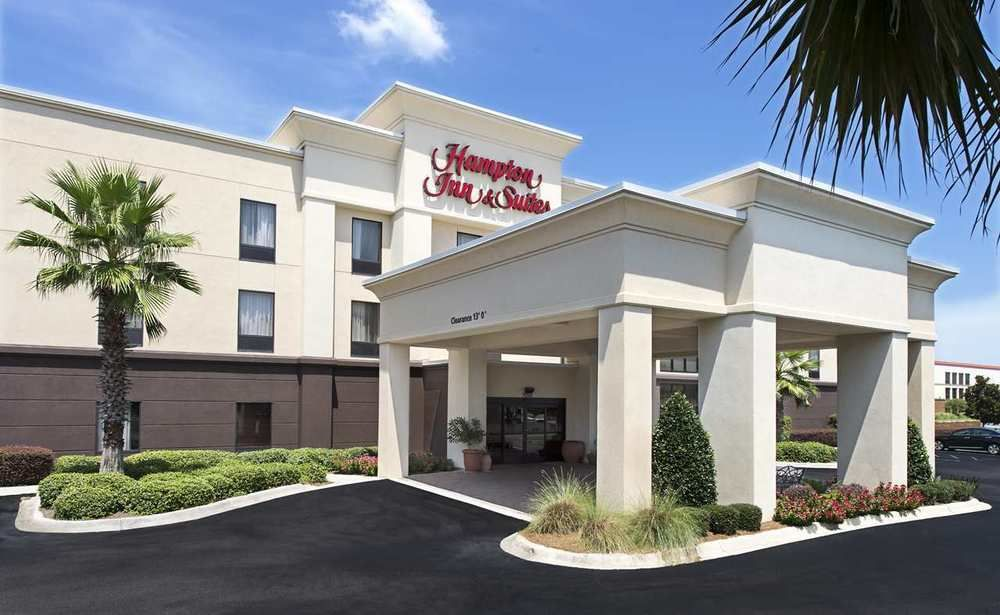 Hampton Inn & Suites Pensacola I-10 at University Town Plaza