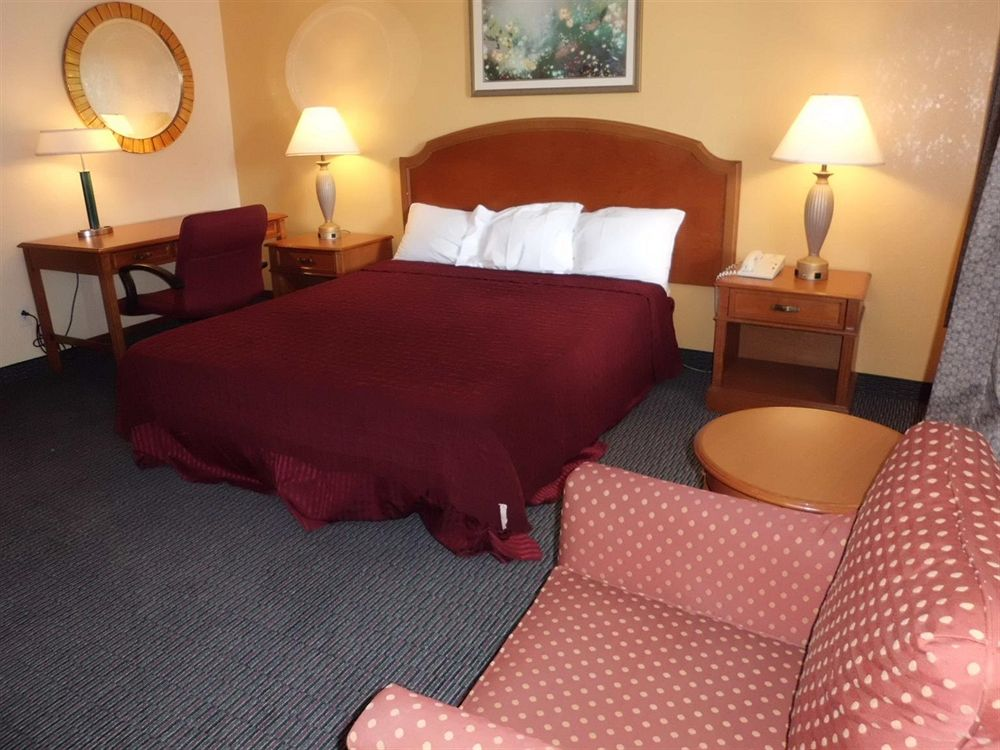 Americas Best Value Inn - Savannah in Savannah, GA