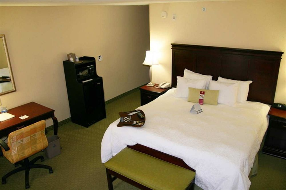 Hampton Inn in Lenoir City, TN
