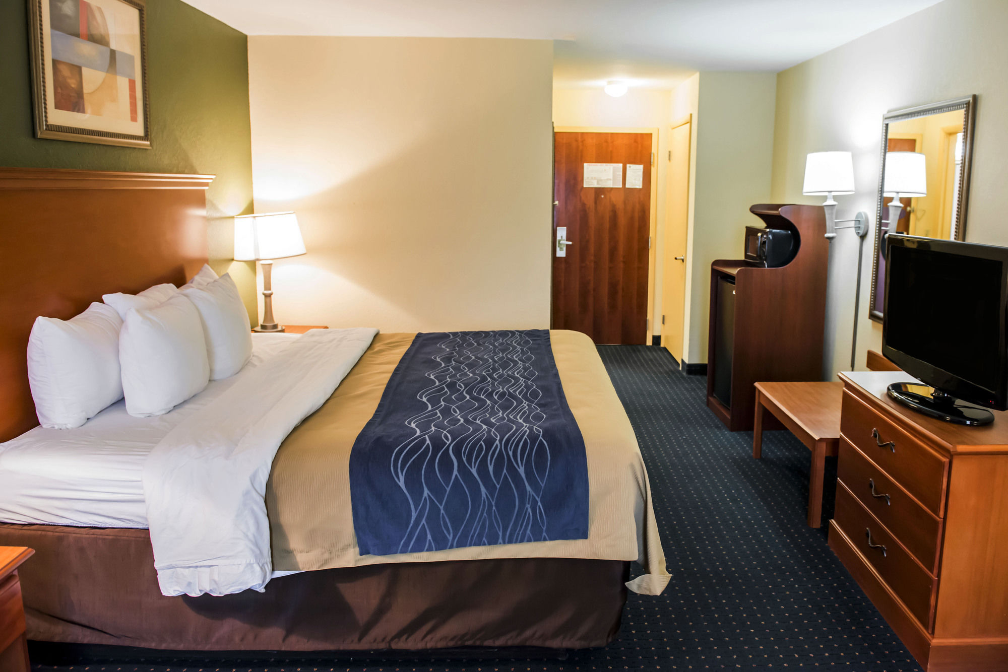 Comfort Inn & Suites in Chipley, FL