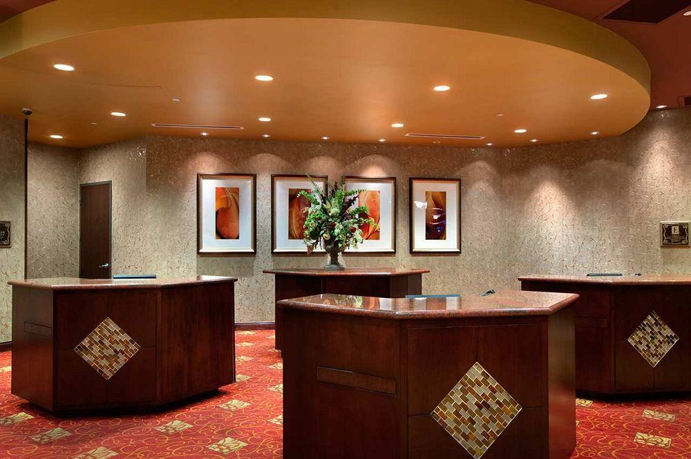 Embassy Suites Huntsville Hotel & Spa'