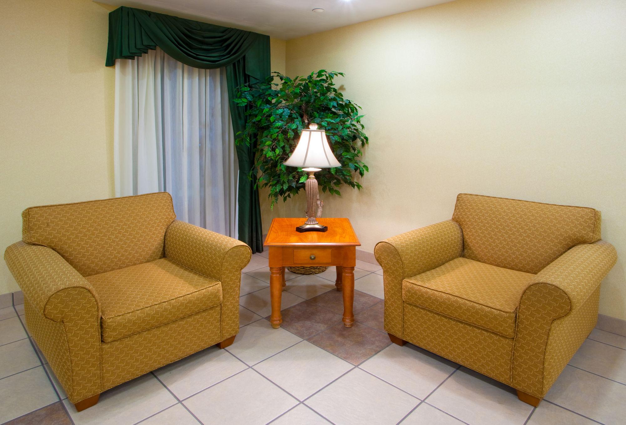 Holiday Inn Express Hotel & Suites ELKINS in Elkins, WV