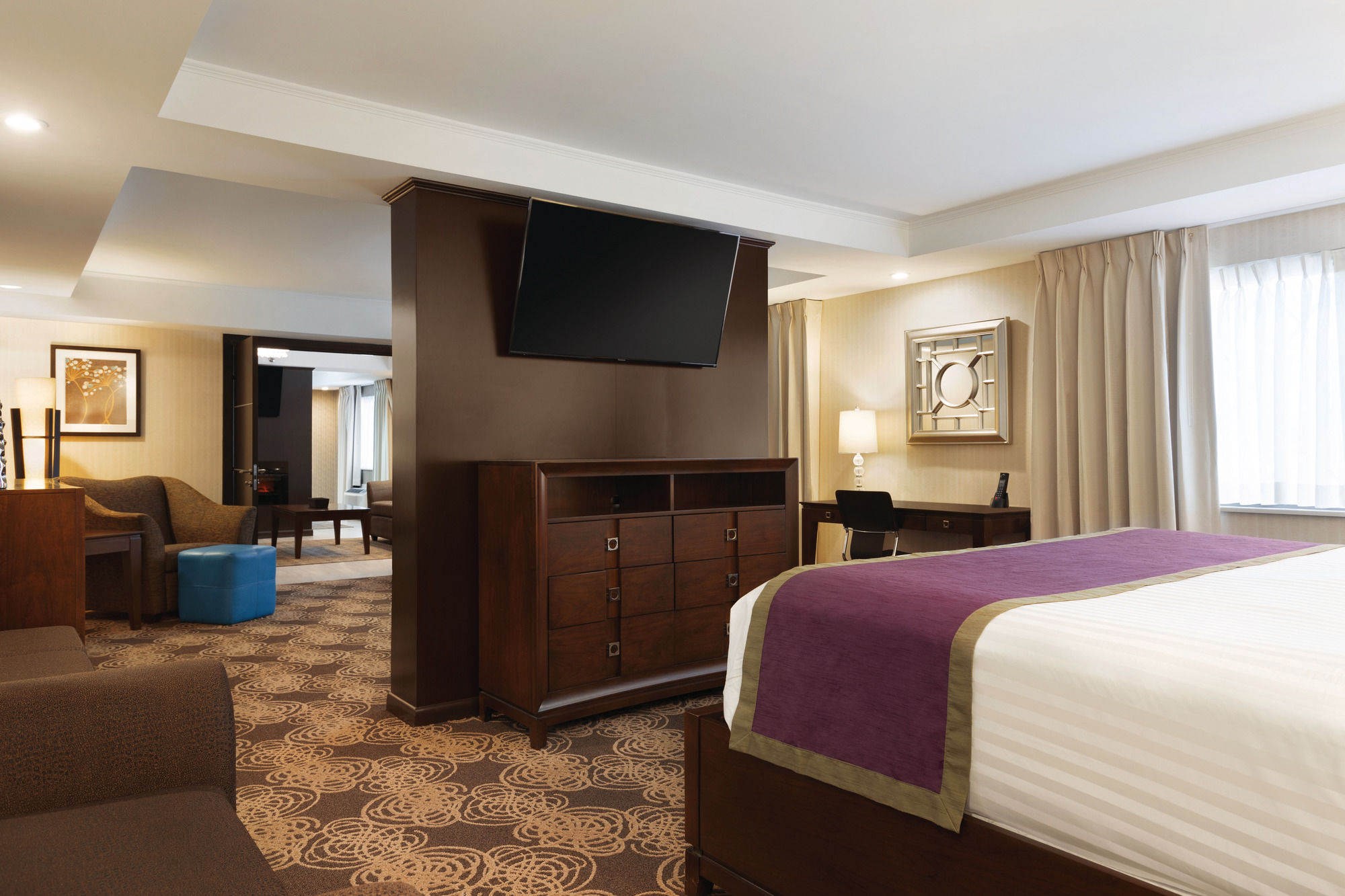 nashua hotel coupons for nashua new hampshire. Black Bedroom Furniture Sets. Home Design Ideas