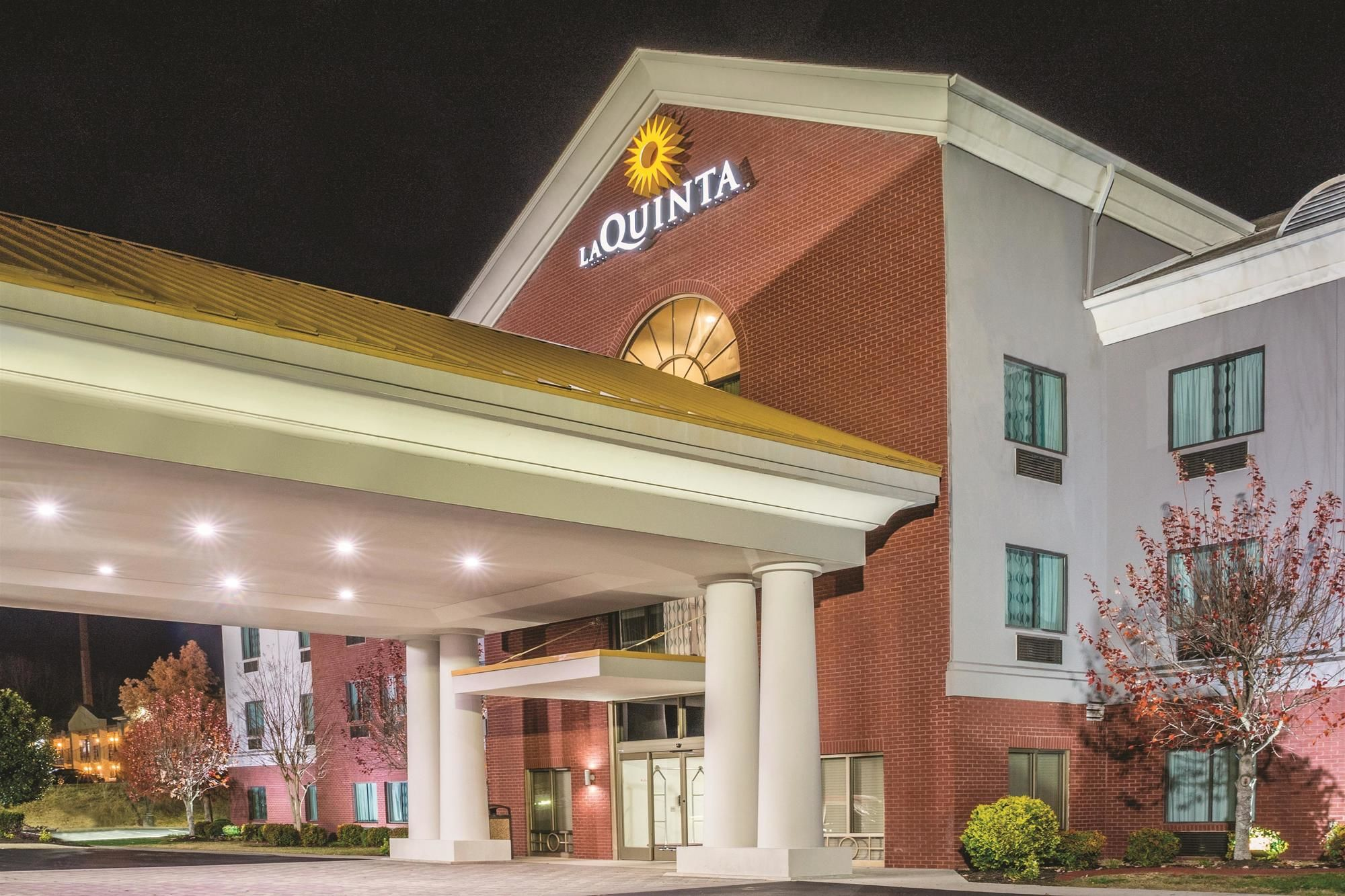LaQuinta Inn & Suites in Loudon, TN