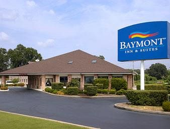 Baymont Inn & Suites in Jackson, TN