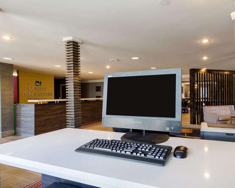 Quality Inn & Suites in Ashland, VA
