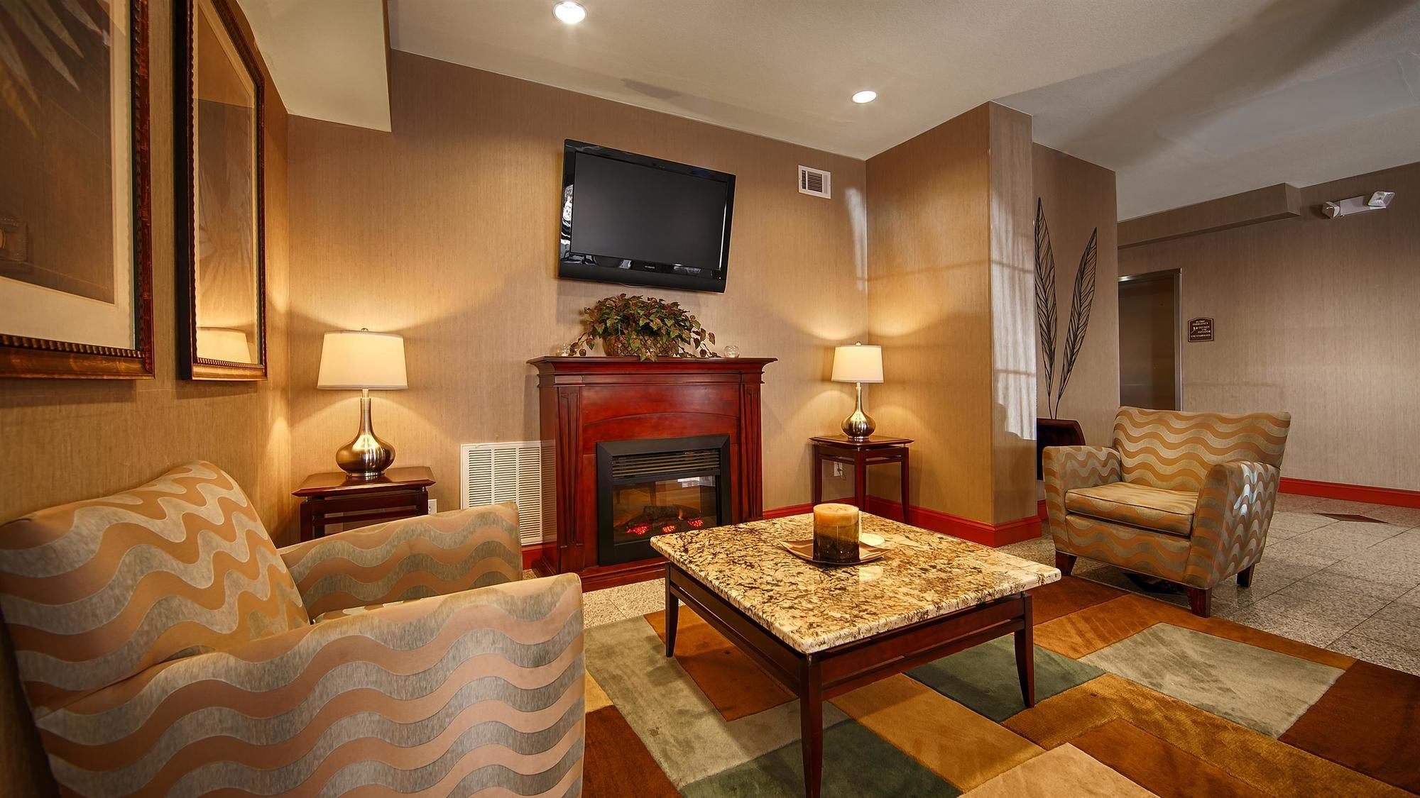 Best Western Mountain Villa Inn & Suites in Canton, GA