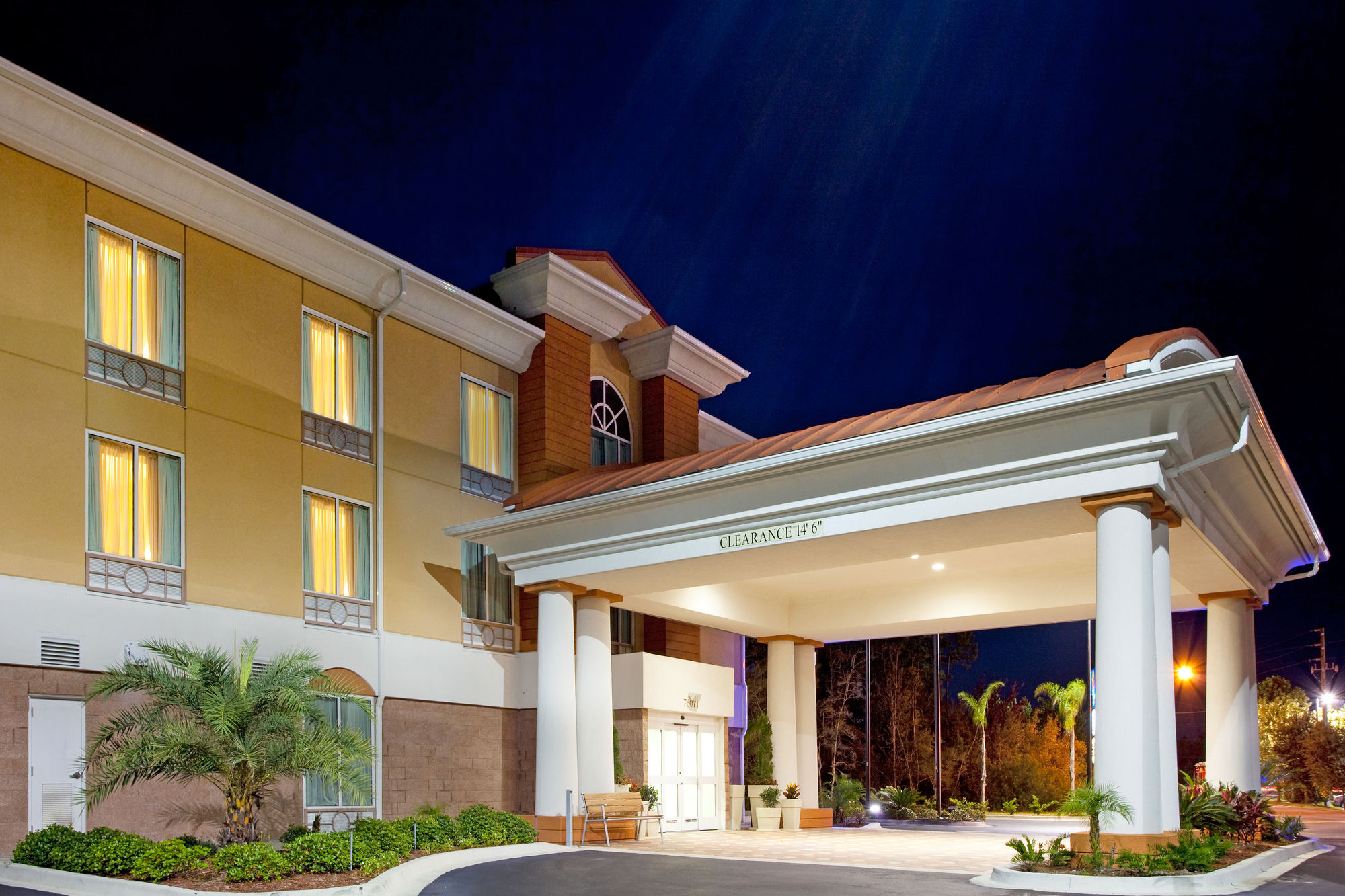 Holiday Inn Express & Suites Yulee in Yulee, FL