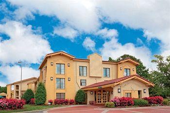 Ambassador Inn and Suites in Hampton, VA