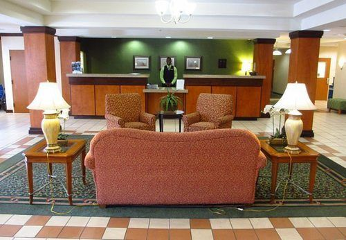 Fairfield Inn & Suites in Marianna, FL