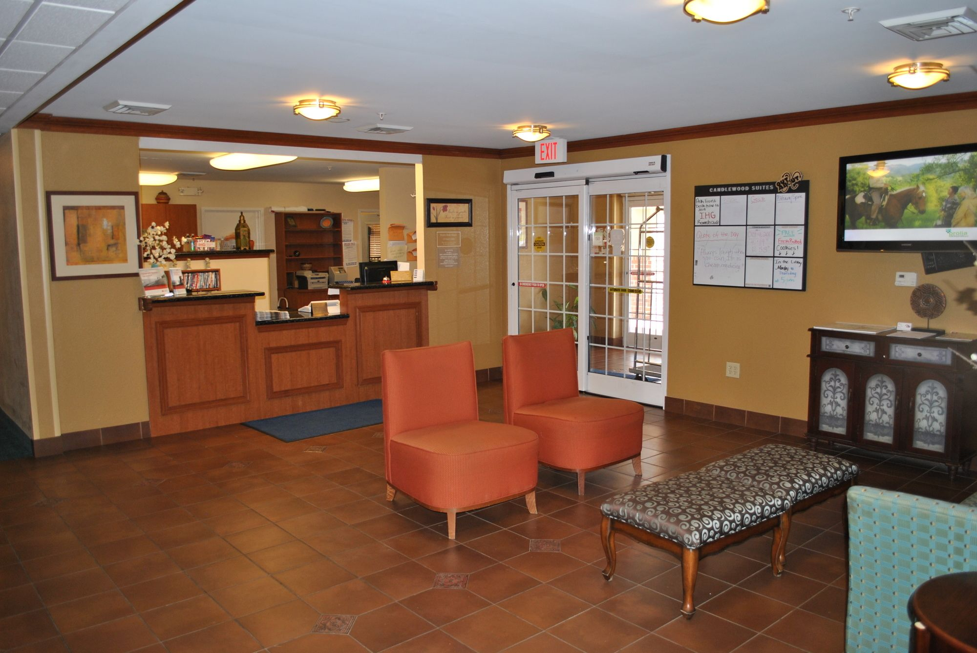 Candlewood Suites in Colonial Heights, VA