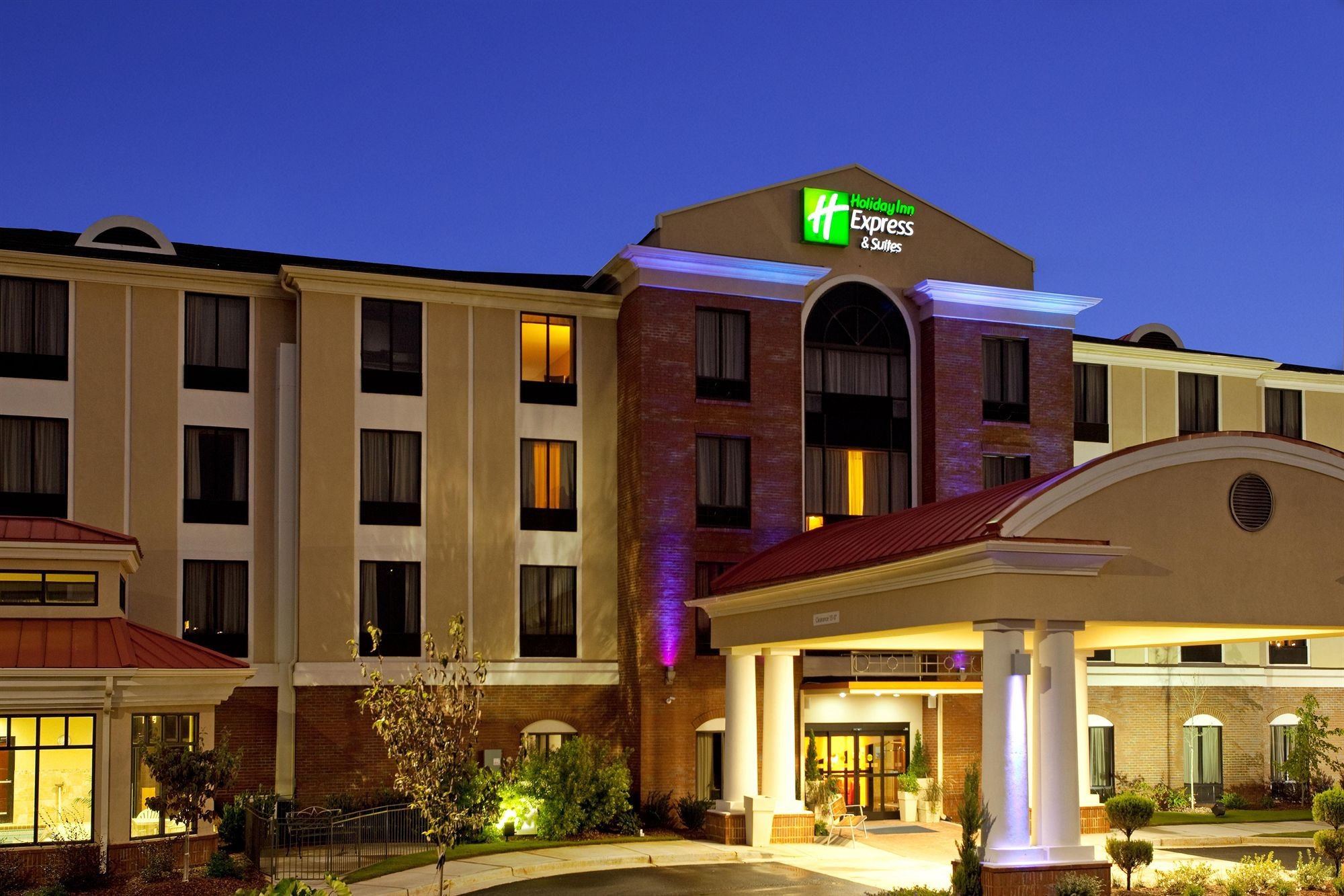 Holiday Inn Express Hotel & Suites Lavonia in Lavonia, GA