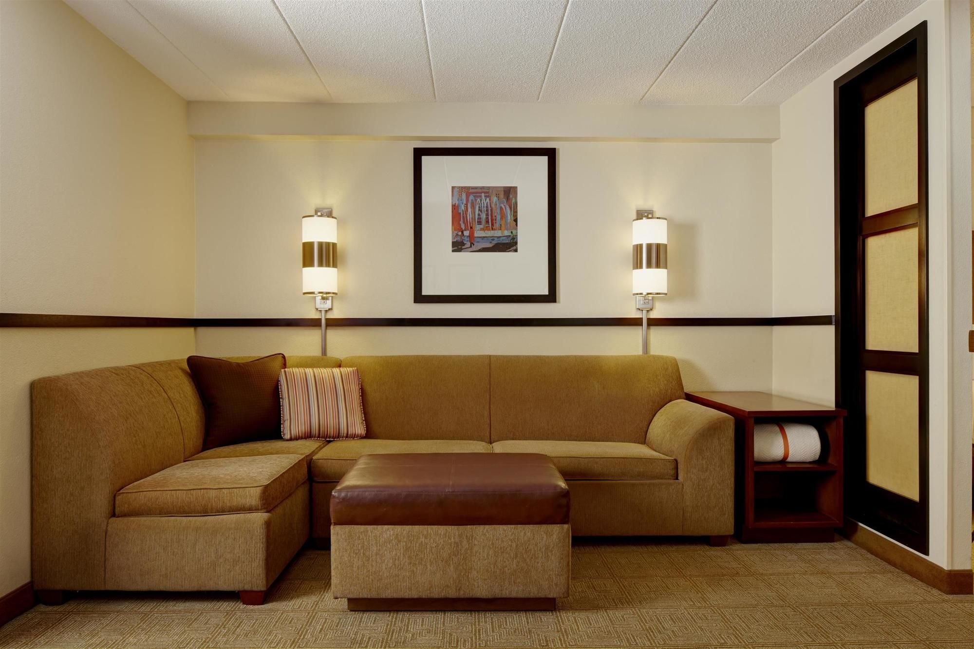 Duluth Hotel Coupons for Duluth, Georgia - FreeHotelCoupons.com