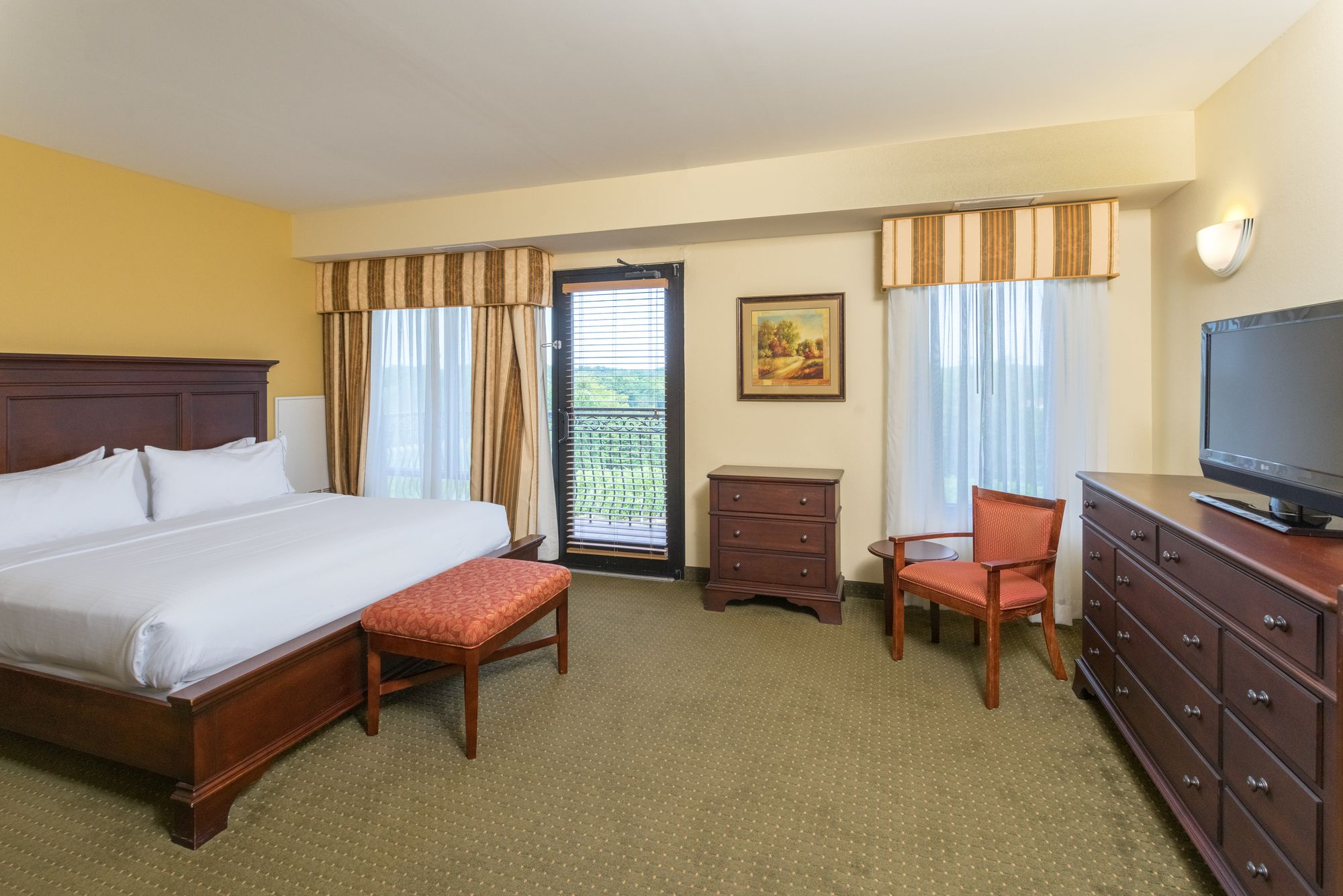 Holiday Inn Express Hotel & Suites Lexington NW-The Vineyard in Lexington, NC