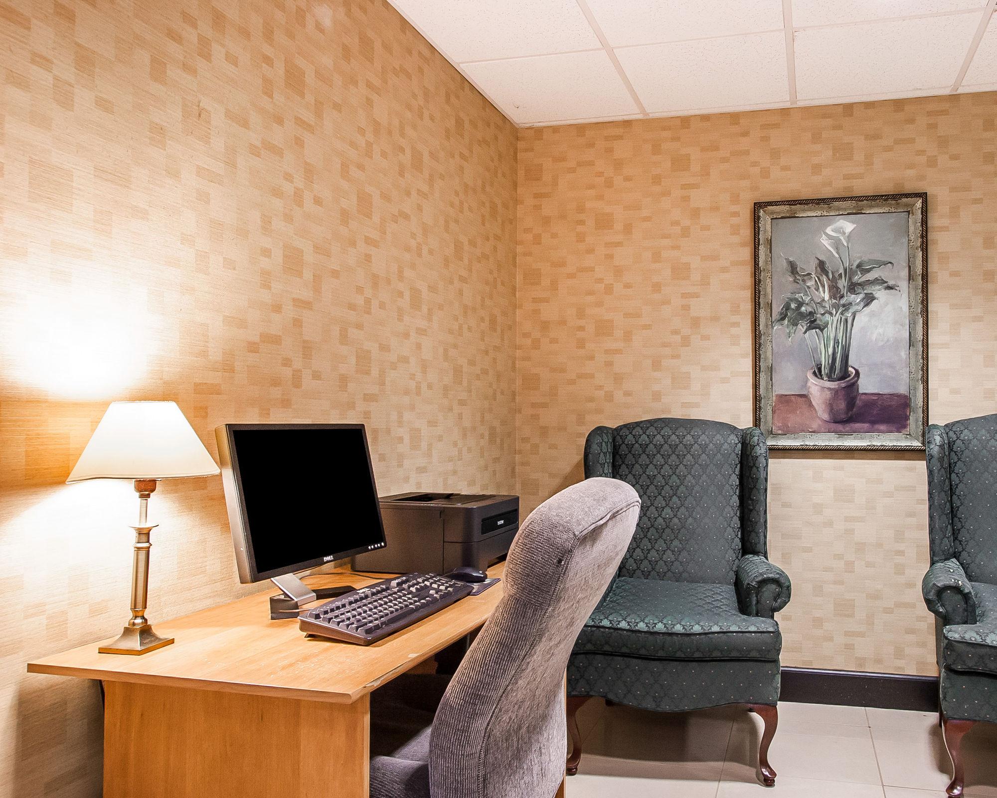 Comfort Inn And Suites in Montgomery, AL