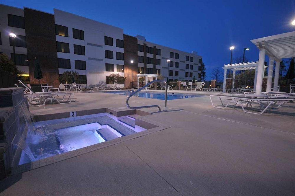 DoubleTree by Hilton Hotel Rocky Mount in Rocky Mount, NC