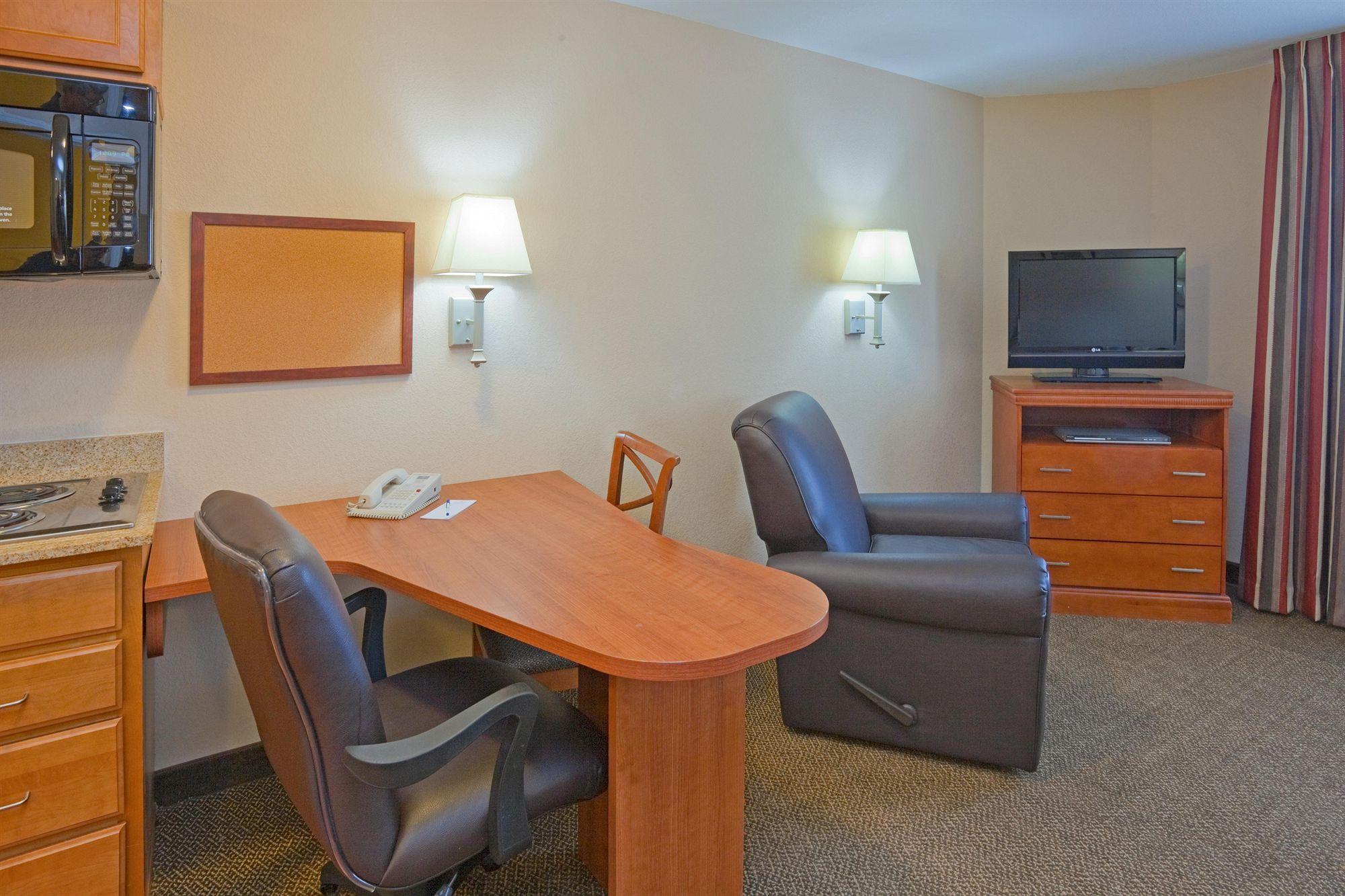 Candlewood Suites Alabaster in Alabaster, AL