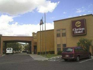 Quality Inn & Suites in Albuquerque, NM