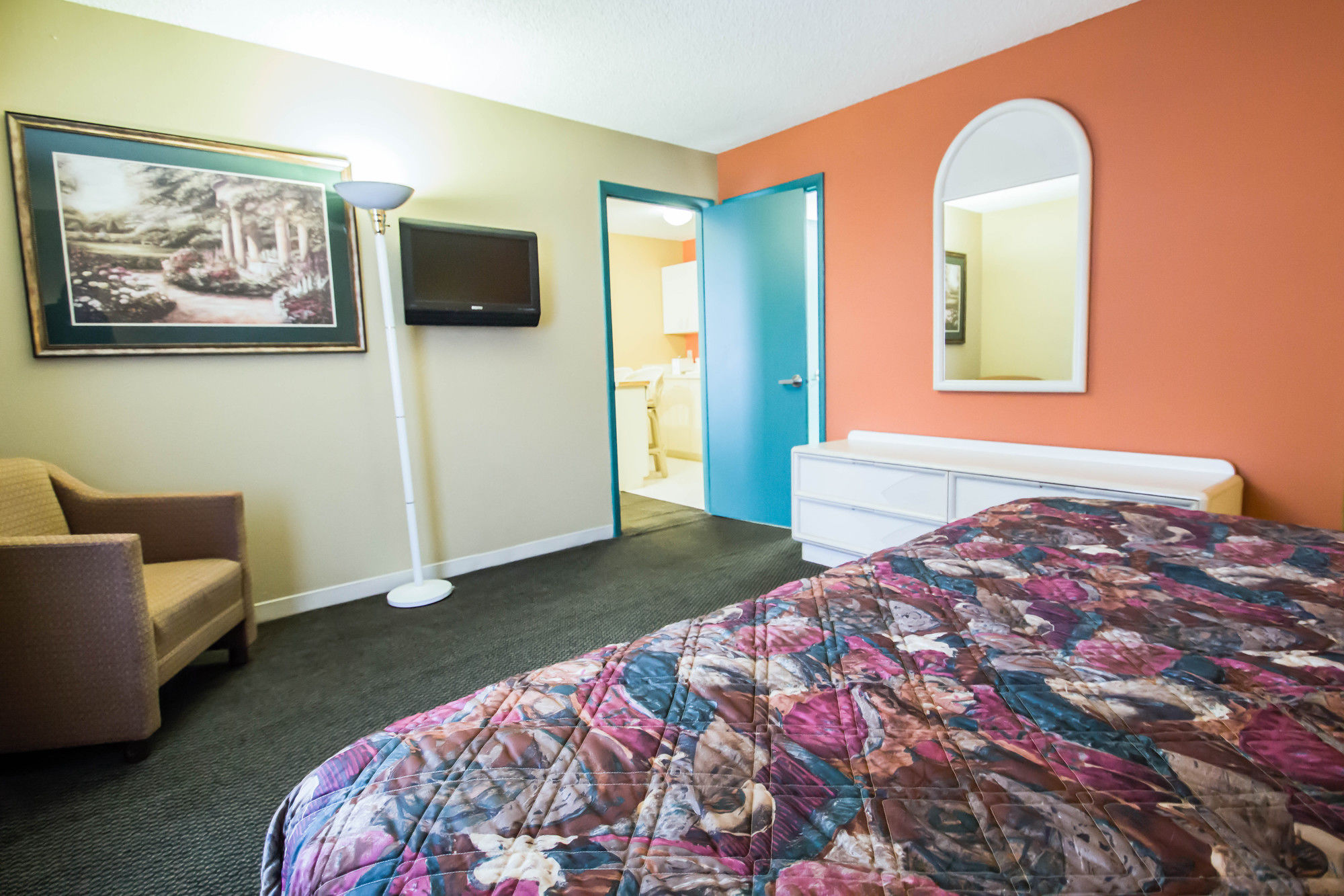 Rodeway Inn And Suites in Haines City, FL