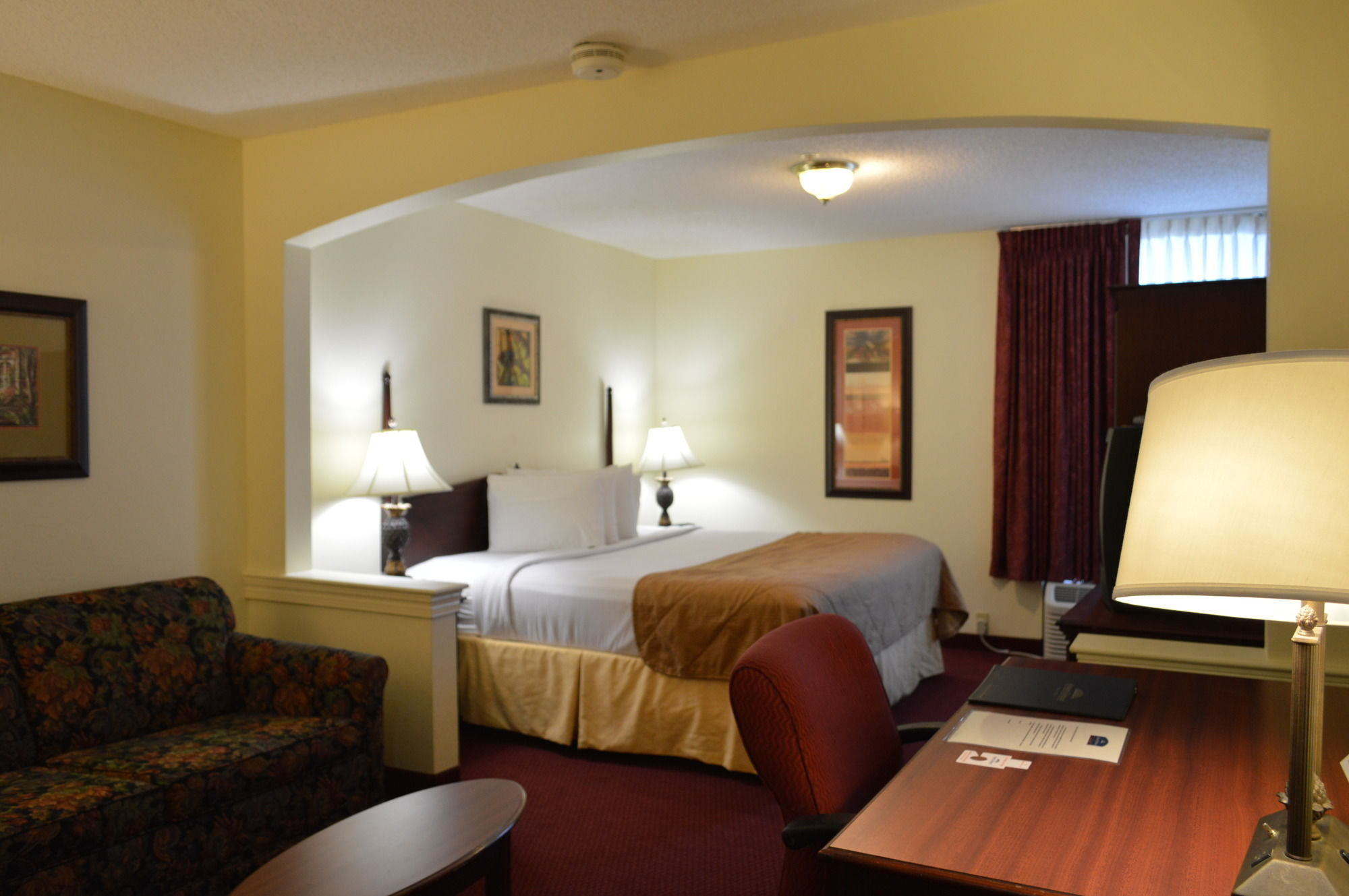 Howard Johnson Plaza Hotel Altamonte Springs