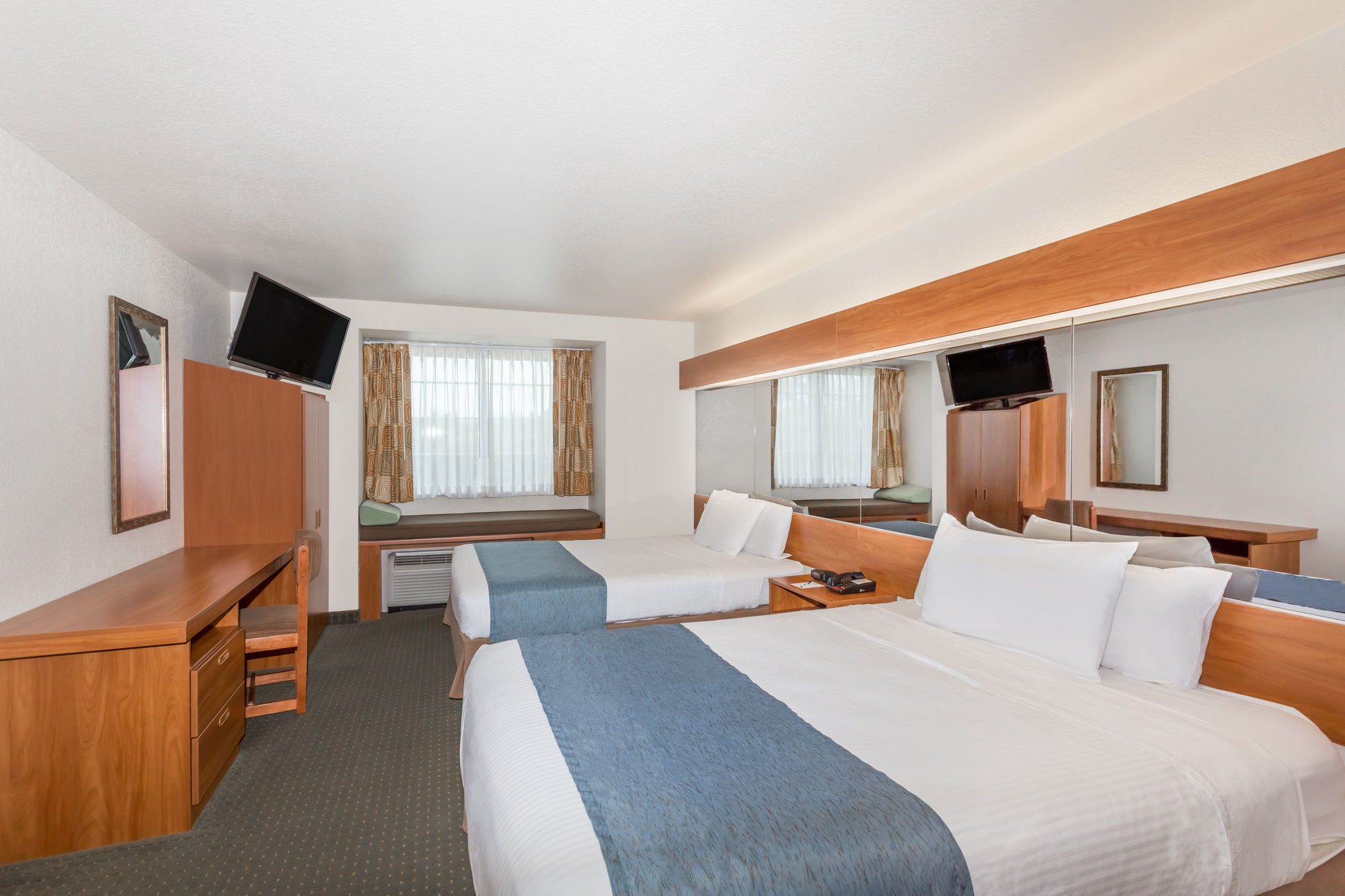 Microtel Inn & Suites by Wyndham Gulf Shores in Gulf Shores, AL