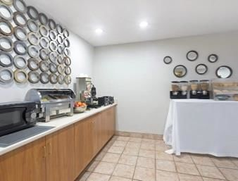 Microtel Inn & Suites by Wyndham in Brunswick, GA