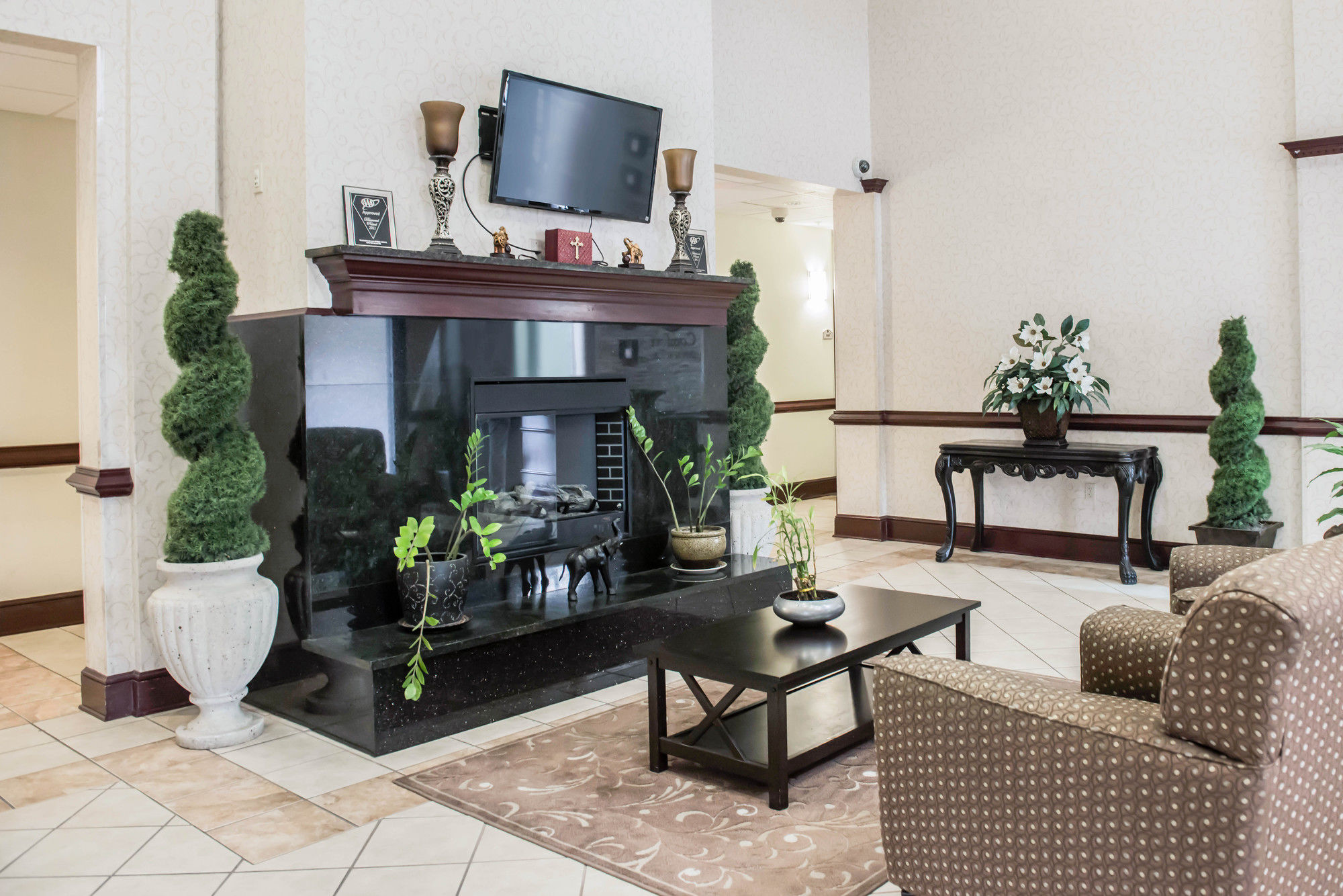 Comfort Inn & Suites in Midway, FL