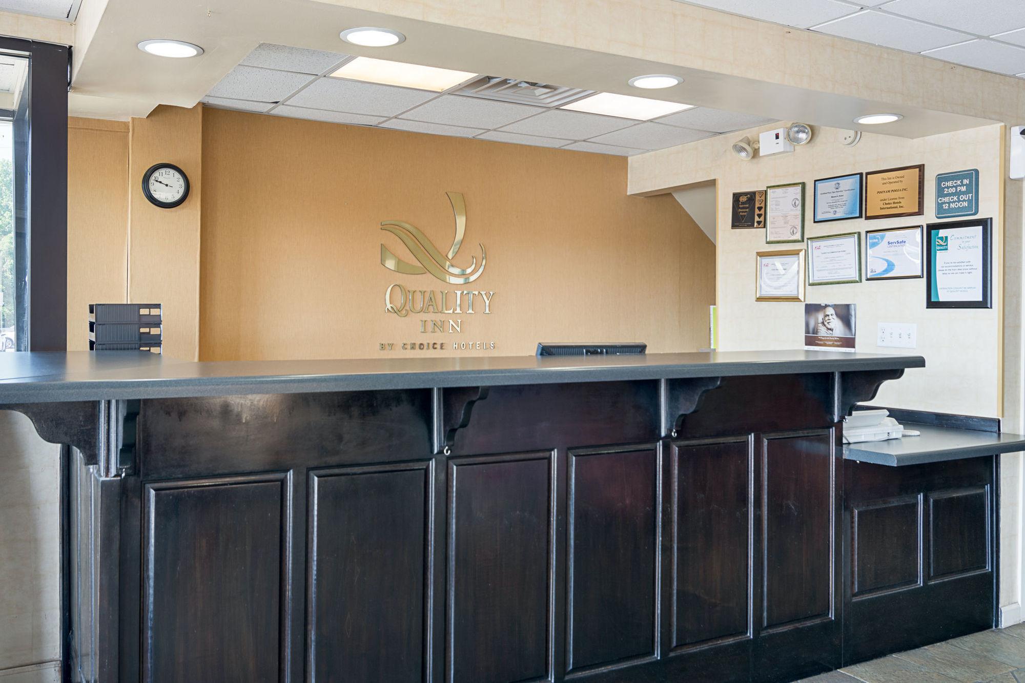 Quality Inn in Calhoun, GA