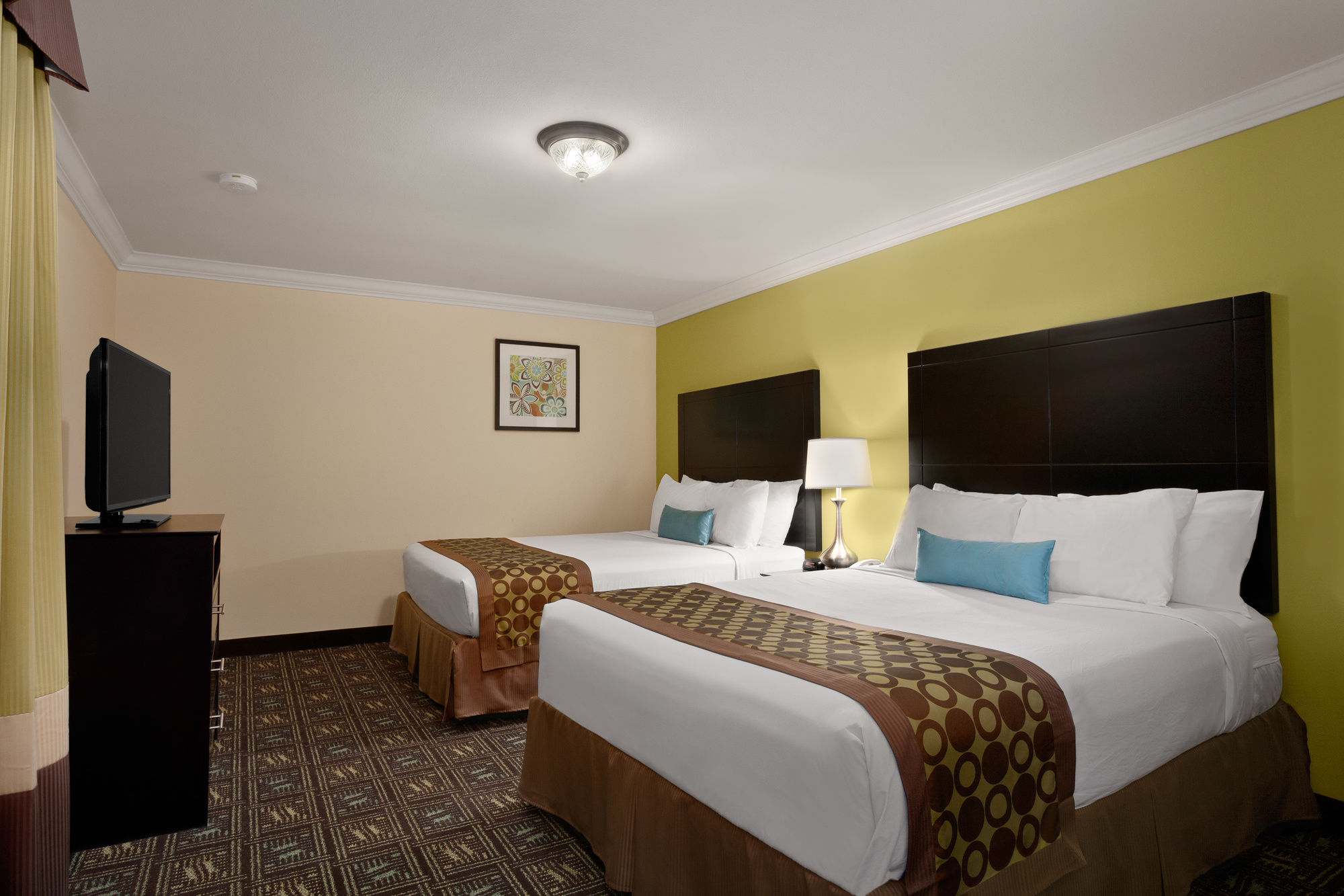 anaheim hotel coupons for anaheim california. Black Bedroom Furniture Sets. Home Design Ideas