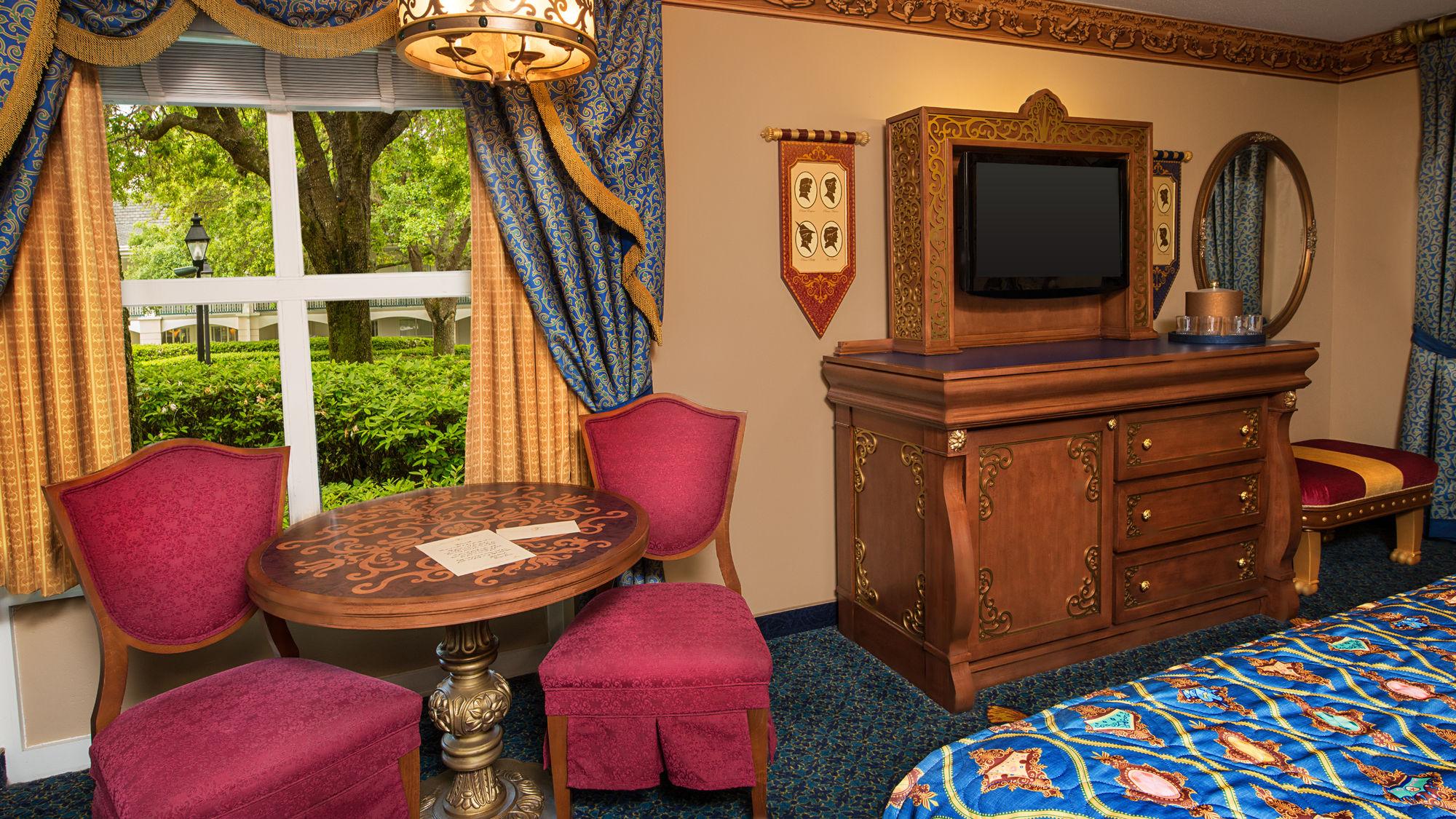 Orlando Hotel Coupons for Orlando, Florida - FreeHotelCoupons.com