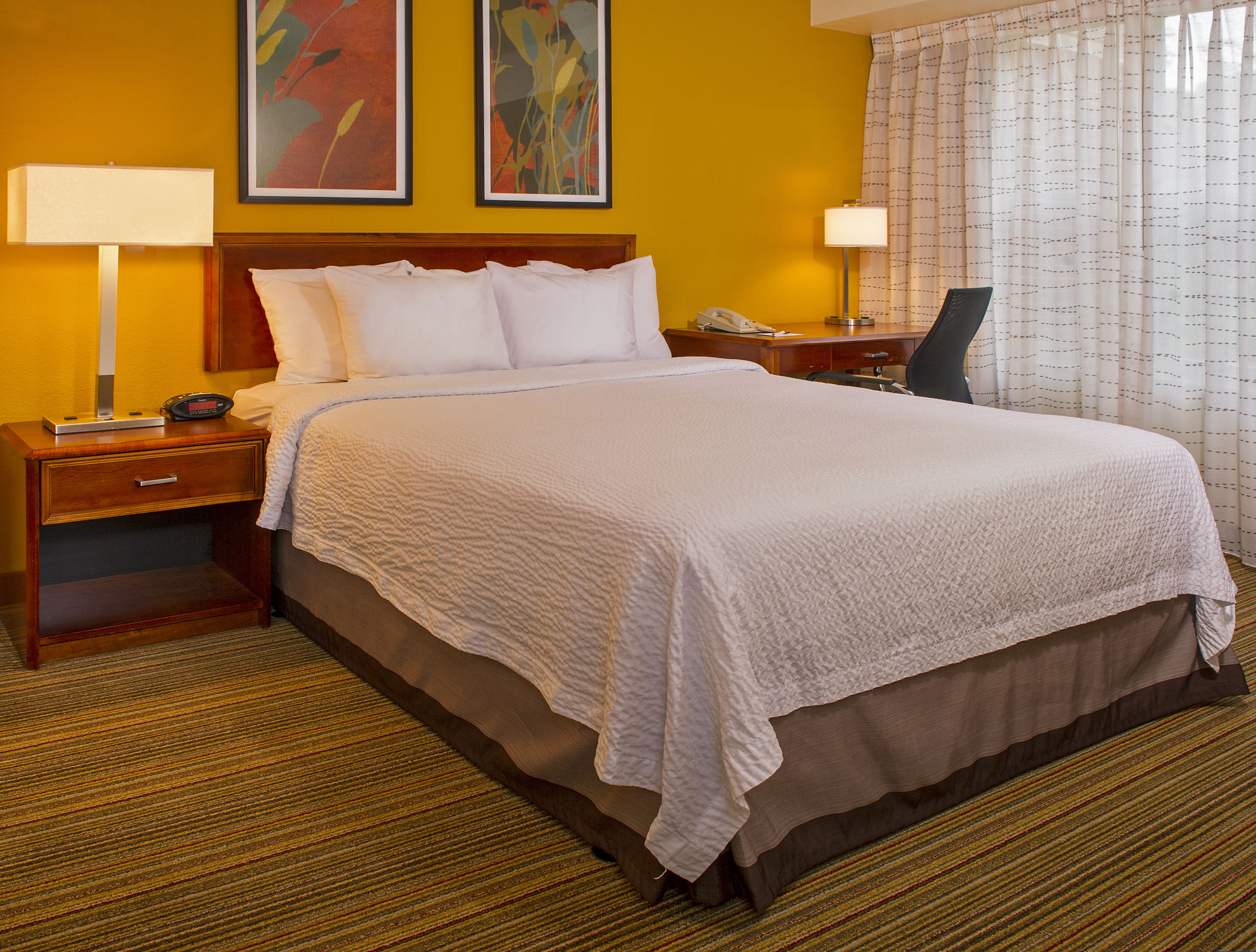 Linthicum Hotel Coupons for Linthicum, Maryland - FreeHotelCoupons.com