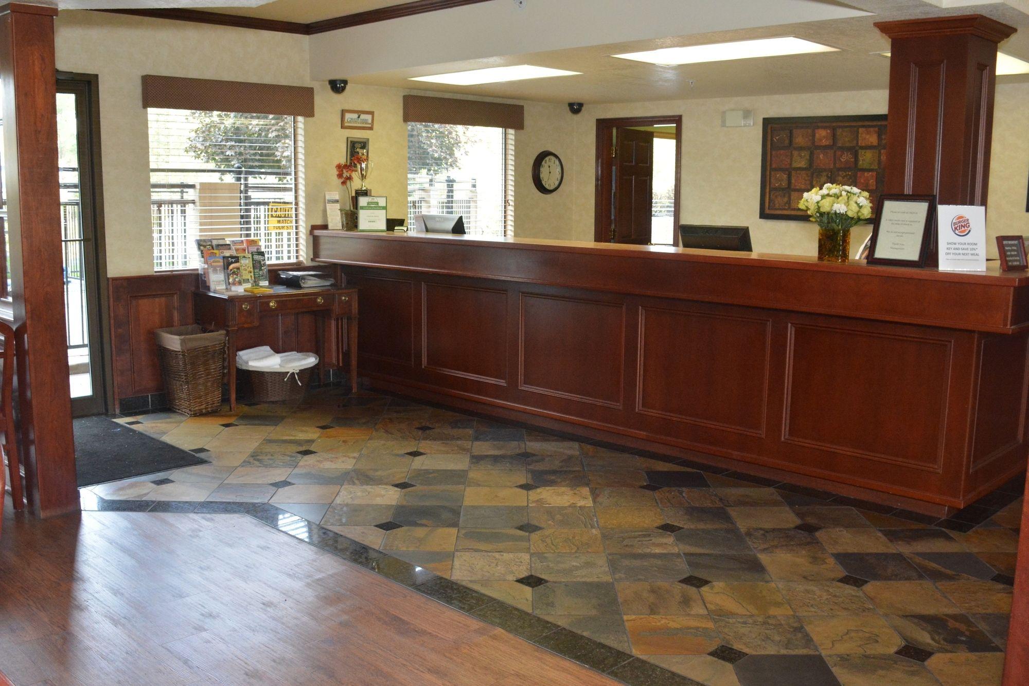 Yakima Hotel Coupons for Yakima, Washington - FreeHotelCoupons.com