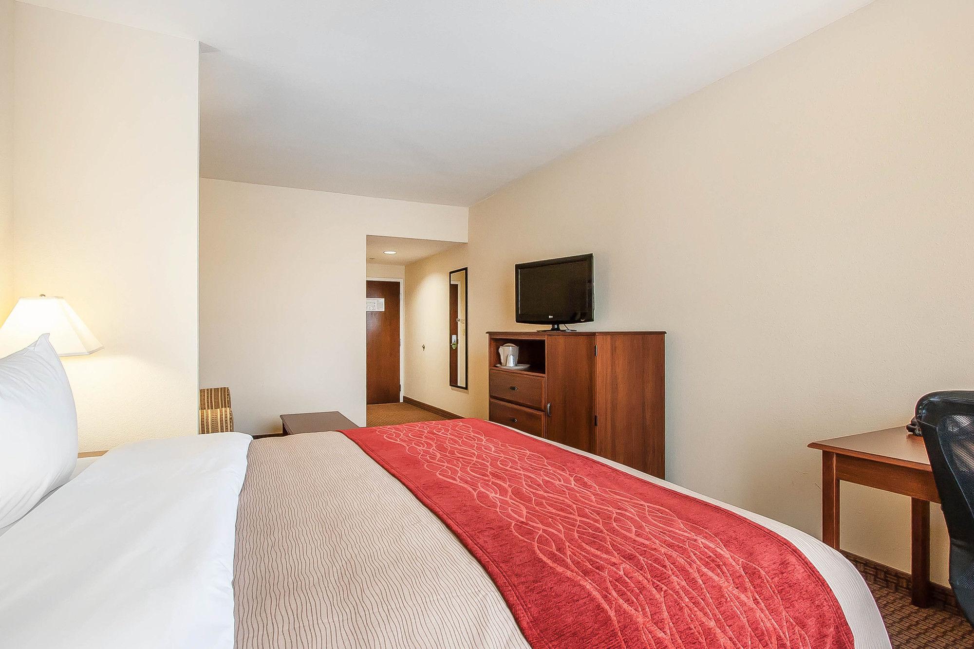 Comfort Inn And Suites Atoka in Millington, TN