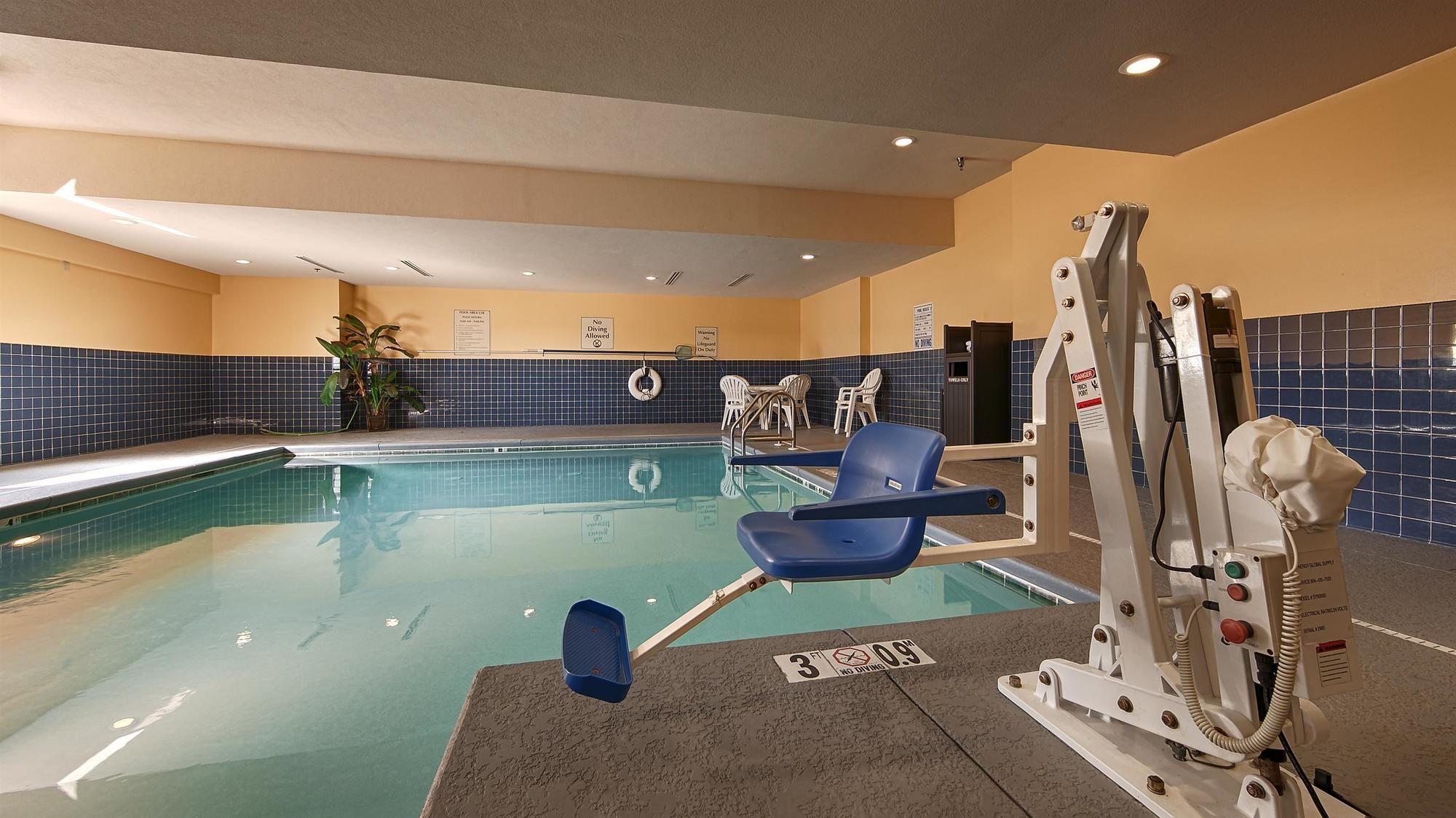 Best Western Motorsports Inn & Suites in Saraland, AL