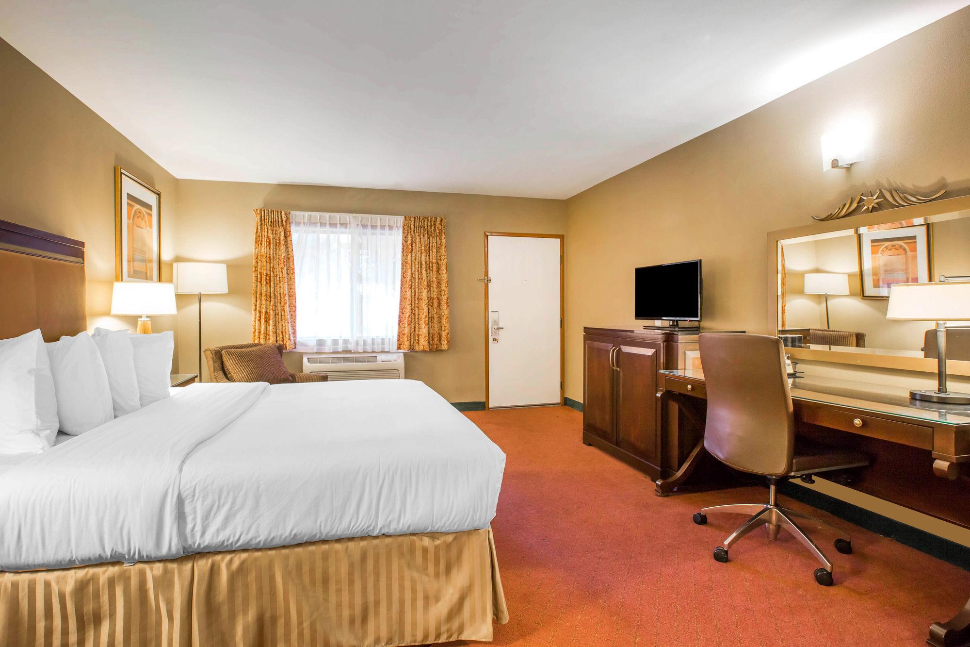Quality Inn U0026 Suites Westminster   Seal Beach