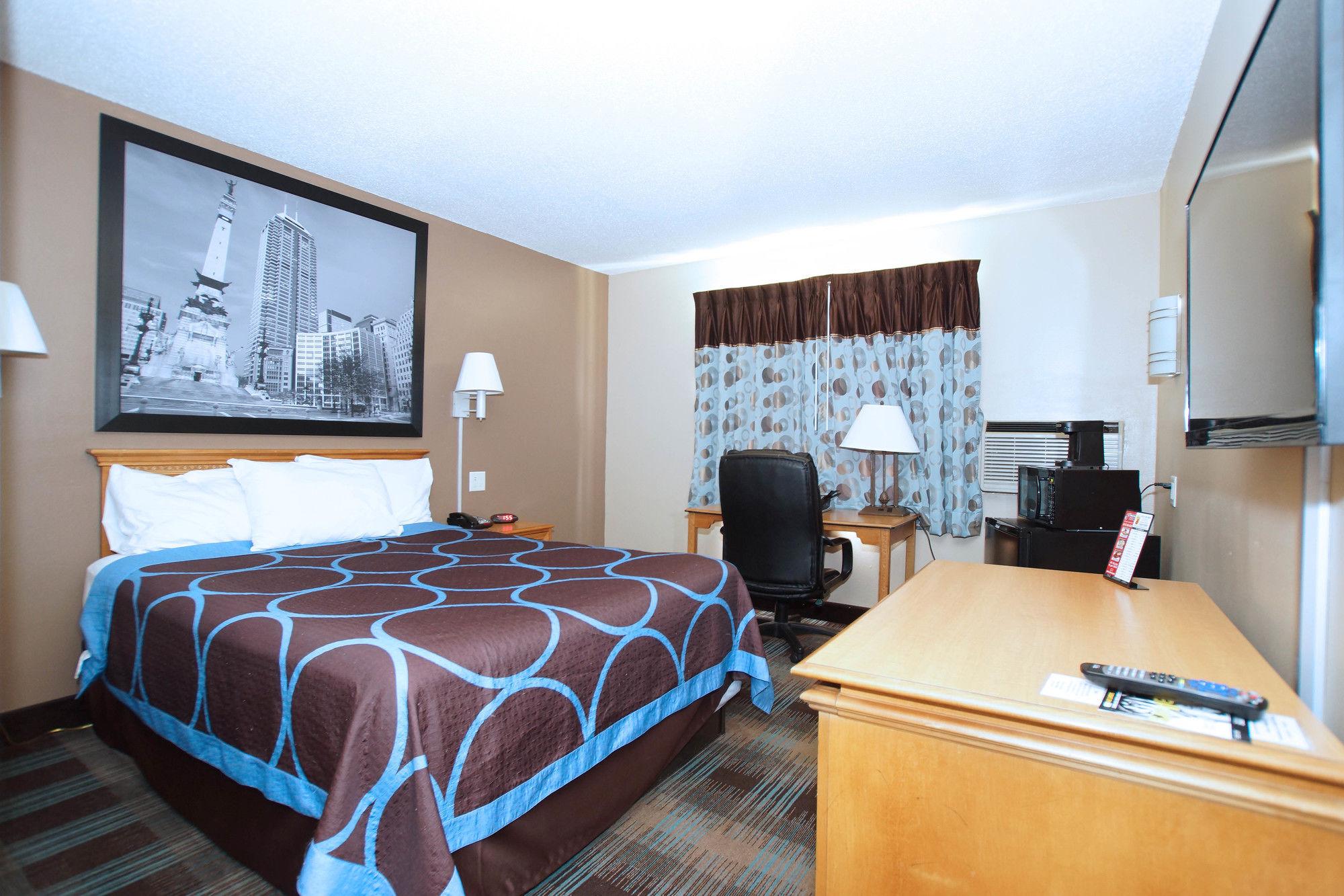 elkhart hotel coupons for elkhart indiana. Black Bedroom Furniture Sets. Home Design Ideas
