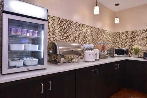 Best Western Plus Savannah Airport Inn & Suites in Pooler, GA
