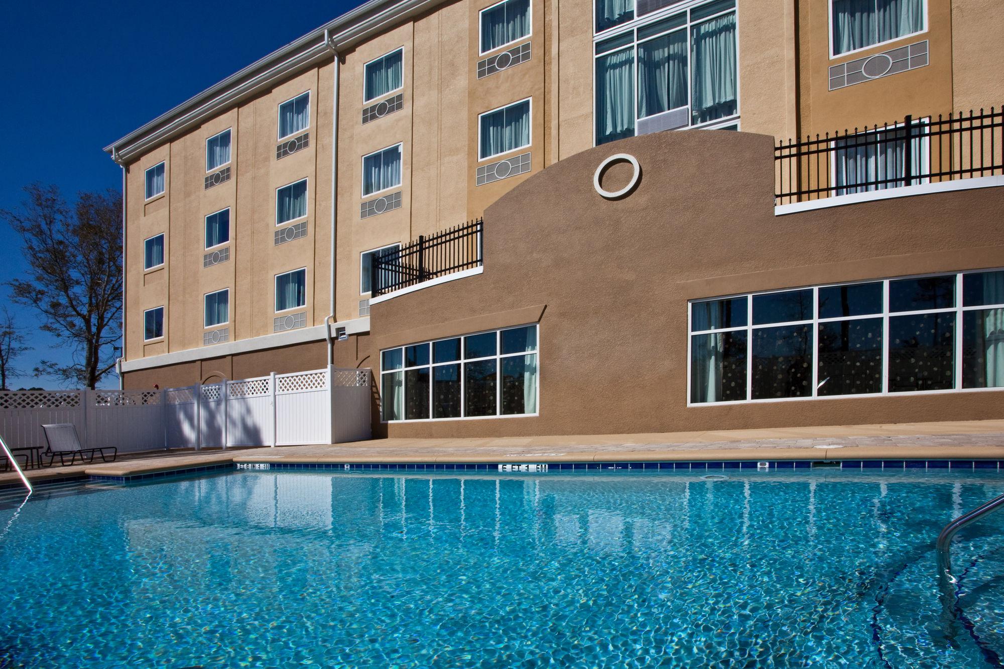 Holiday Inn Express Palatka Northwest in Palatka, FL