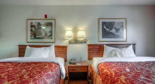 Home-Towne Suites Decatur in Decatur, AL