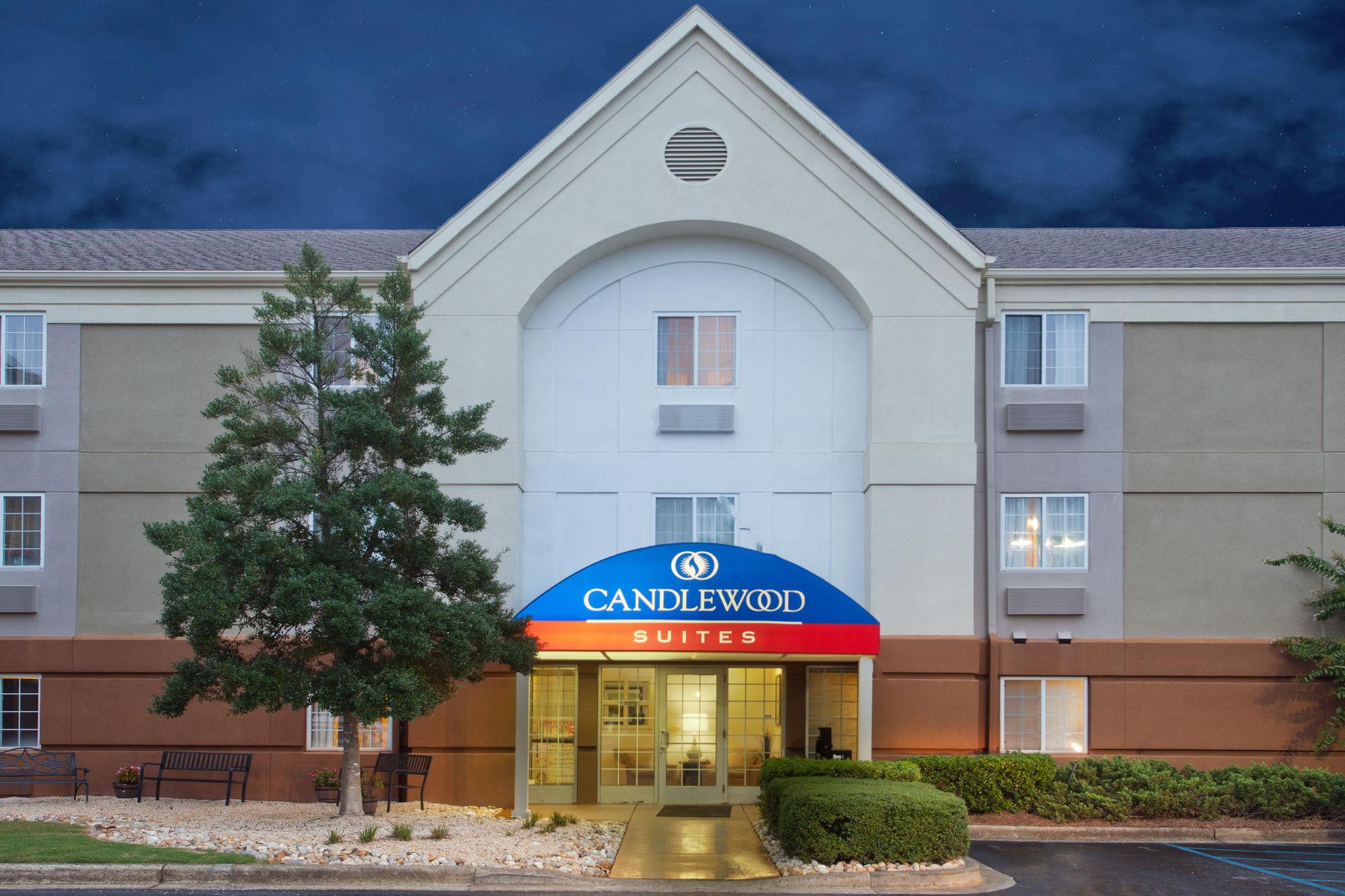 Candlewood Suites Birmingham - Hoover in Birmingham, AL