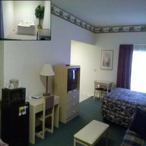Baymont Inn & Suites in Cookeville, TN