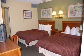 Jefferson Motel Apartments in Treasure Island, FL