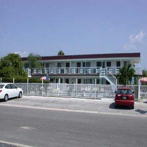 Sunrise Resort Motel
